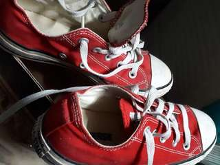 Authentic Converse Red
