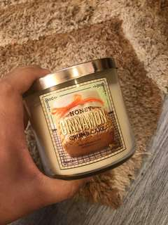 Bath&Body Works candle