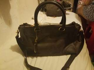Bess leather bag