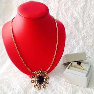 #vintagecollection #vintagejewelryset #vintagejewelry #perfectgiftforyourloveones
