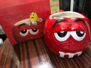 M & M 紅色豆型杯