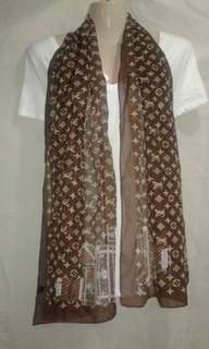 freeSF| Brown Scarf