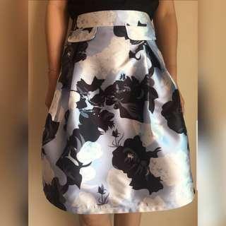 🆕️ Floral Knee Length Skirt