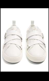 Valentino 休閒鞋