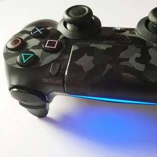 PS4 Controller black camo skin