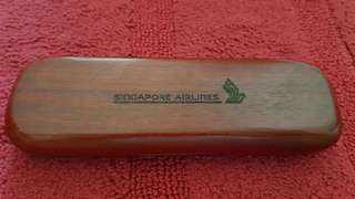 Rare Collectibles SIA Rose Wood Pen Set with Wood Box