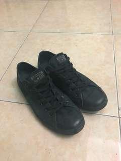 Converse All Black