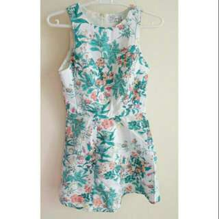 Just G size 2 floral dress