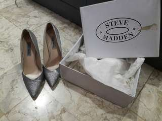 Steve Madden stilleto