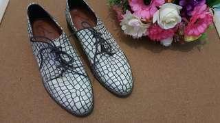 White Crocodile Skin Shoes