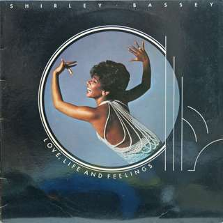 shirley bassey Vinyl LP used, 12-inch, may or may not have fine scratches, but playable. NO REFUND. Collect Bedok or The ADELPHI.