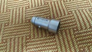 🚚 金屬製 車用充電 點煙插座 usb充電 快速充電3.1A