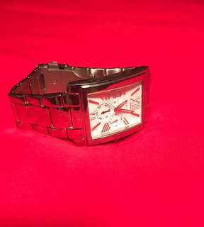 GUESS STAINLESS STEEL CHROMED MEN'S WATCH WHITE RECTANGULAR FACE S/STEEL BAND