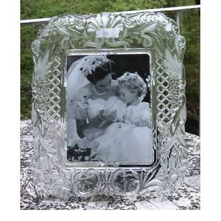 "Mikasa "" Timeless love "" picture frame 15.25"" (100% new)"