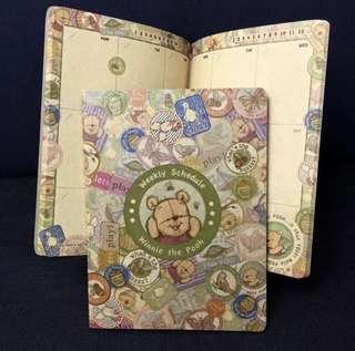 包郵🐻全新迪士尼正版手繪小熊維尼自填式年份牛皮日記簿