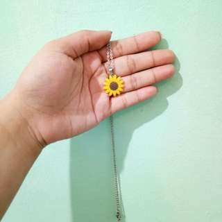 Sunflower necklace w/ glow in the dark pendant