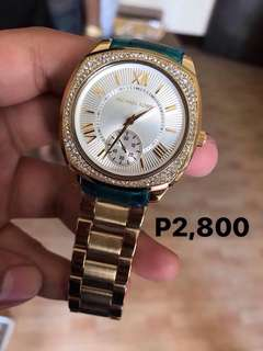 MICHAEL KORS WATCHES 💯% AUTHENTIC!!