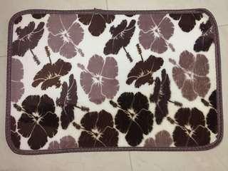 全新地毯 門墊 毛質柔軟舒適 soft carpet 60x40cm 可以機洗 machine washable