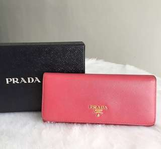 039c4a85892c long wallet authentic | Luxury | Carousell Philippines