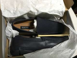 Kenneth cole reaction suede