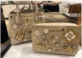 Original Michael Kors Floral pair bags & cosmetic pouch (In transit)