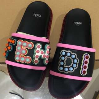 FENDI studded logo slide sandal - Authentic