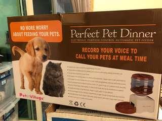 🚚 Pet Villsge《乾電池液晶螢幕顯示自動餵食器》