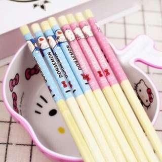 4 For $6 !! Hello Kitty / Doraemon Wooden Chopsticks