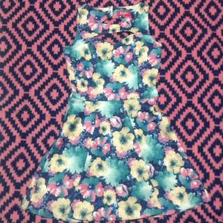 Candy's floral dress taylor