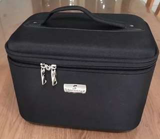 Make Up Bag (Black 14inches)