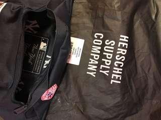 Herschel ft. Yankees belt bag
