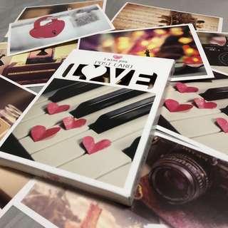 Box of 32 beautiful love postcards