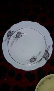 plate bunga ros