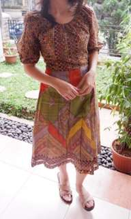 Shafira Vintage Dress for Hari Raya