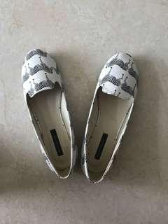 Primadonna zebra printed flats