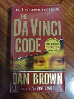 The Da Vinci Code (Robert Langdon #2) by Dan Brown
