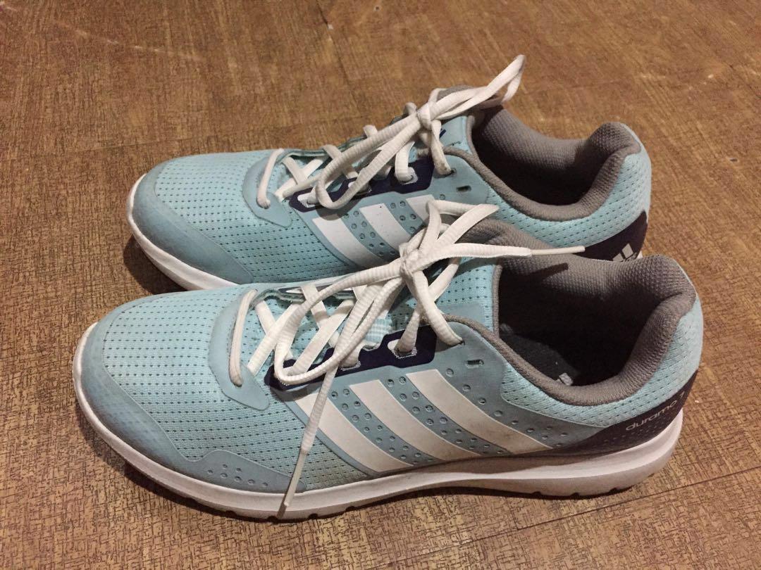Adidas Duramo 7 (Damen), Preloved Damenmode, Schuhe auf Karussell