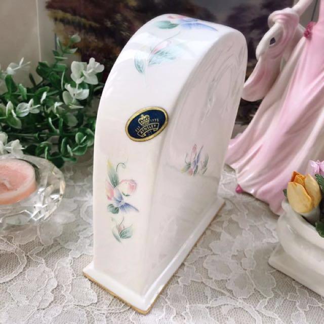 英國製Aynsley安茲麗Little Sweetheart系列雲彩花卉浮雕大型桌鐘座鐘