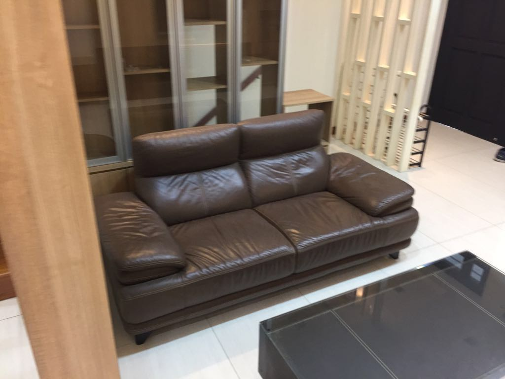 Cool Cheap Genuine Leather Sofa Up For Grabs Furniture Sofas Interior Design Ideas Gentotthenellocom