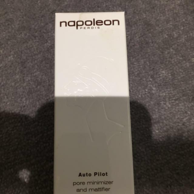 Napoleon auto pilot pore minimizer and mattifier