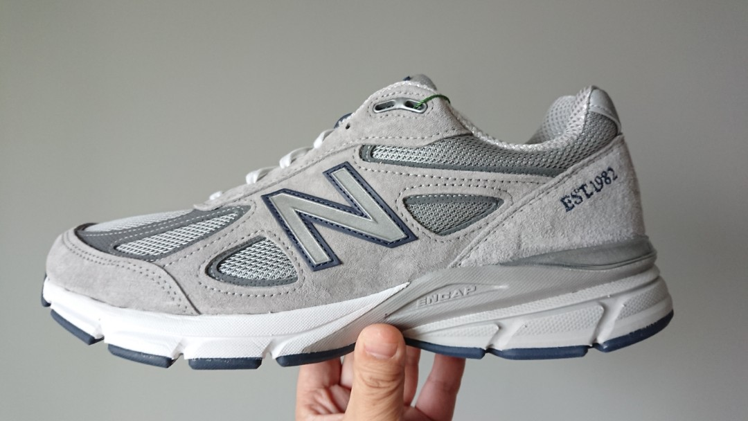 low priced 0cce0 b902b New Balance 990v4 1982 Limited Edition