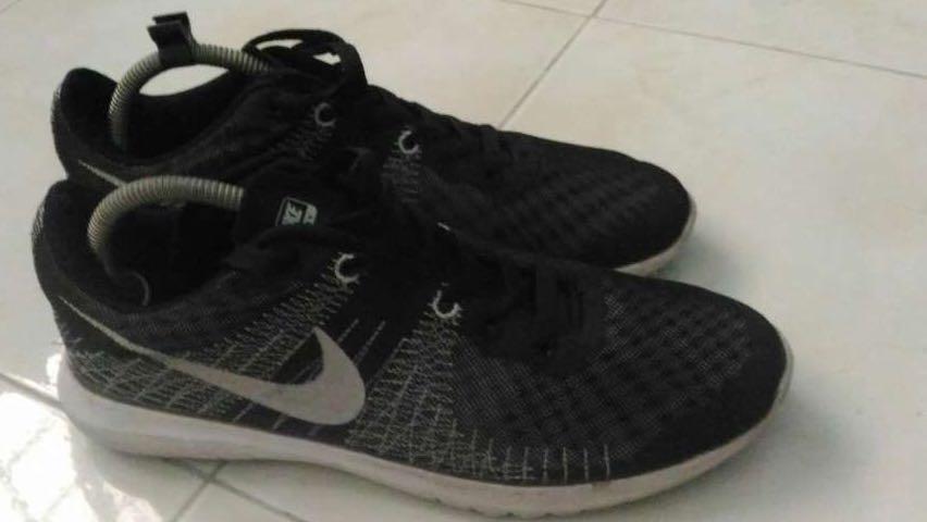 cfa98e21795d Nike Flex Fury Mens