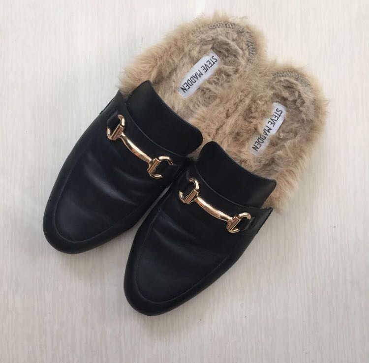 dc7dd2732f5 Preloved steve madden mules with fur