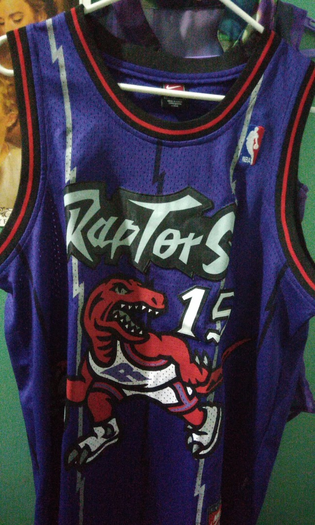 competitive price 2c715 b5d6c Toronto Raptors Jersey Vintage Replica Vince Carter on Carousell