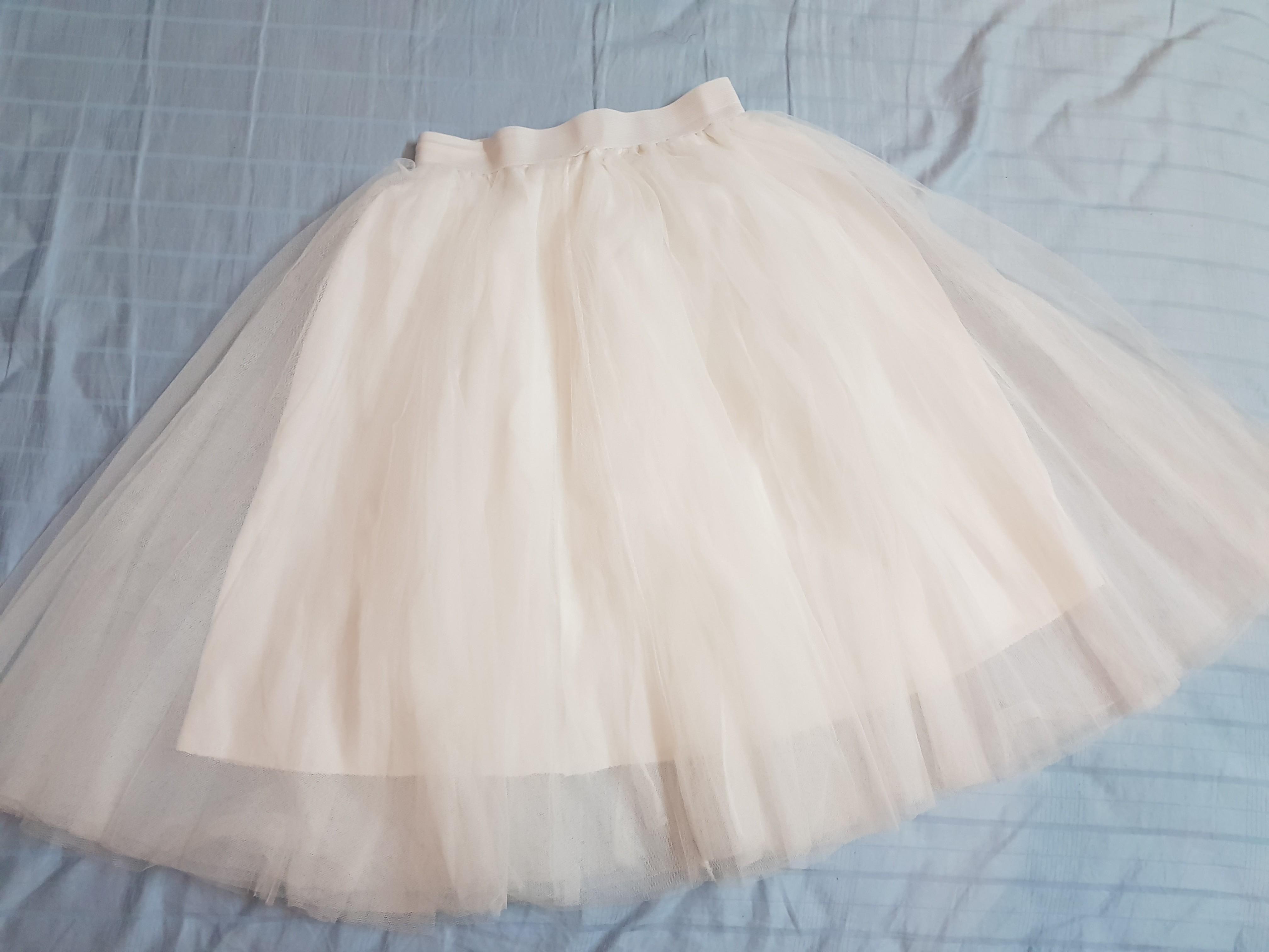 e8c9837f5 White tutu skirt / fluffy skirt, Women's Fashion, Clothes, Dresses ...