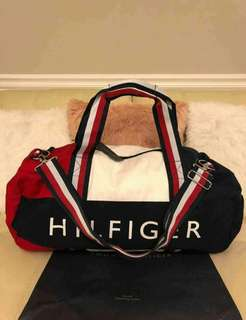Tommy travel duffle bag