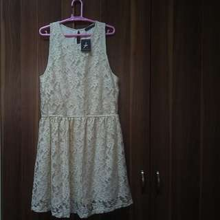 White Lace Dress brand new with tag