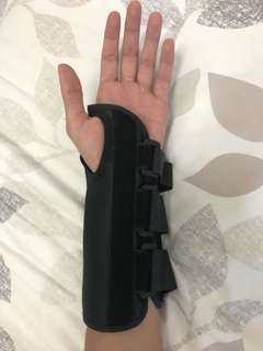 Left-Hand Wrist Brace (Medium Size)
