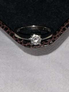 周生生32分18k白金鑽石戒指