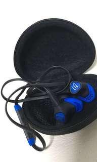Soul  藍牙耳筒 全新 所有跟件只有如圖 故特平出讓 順豐到付
